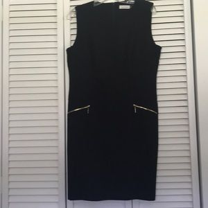 Perfectly Calvin Klein Black Dress!